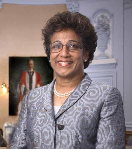 Indira Headshot
